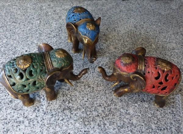 Bronze Elefant in 4 verschiedenen Farben