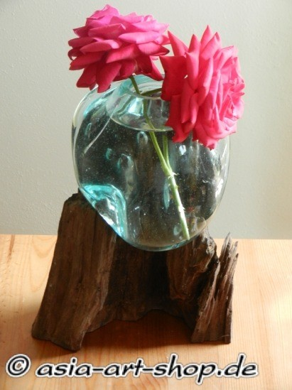 Vase auf Wurzel-S-