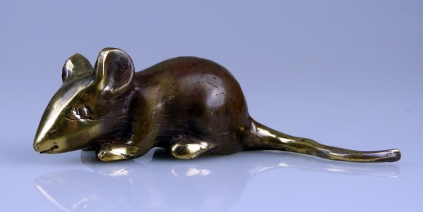 Bronze mouse