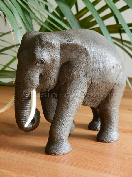 Teak Elefant