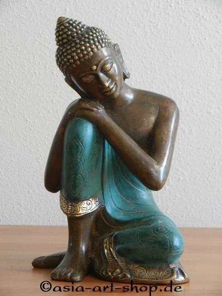 ruhender Buddha, gross